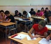 L'Escola d'Adults de Picanya supera els 400 alumnes, la gran majoria, joves