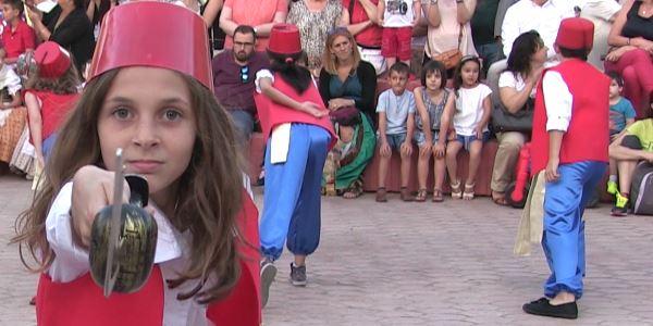 Dansetes del Corpus - Dansa dels Turcs - Alumnat CEIP Baladre