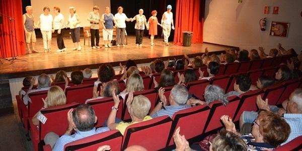 Teatre i Ball pels grups de Persones Majors
