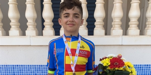 El jove ciclista picanyer Antonio Ramírez tanca la temporada amb tres títols