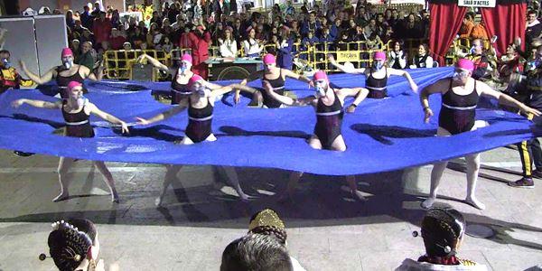 FALLES 2020 - Cavalcada Ninot · Falla Plaça País Valencià